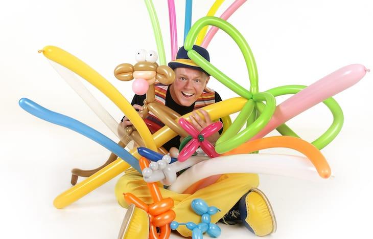 Sjov underholdning for børn med ballondyr